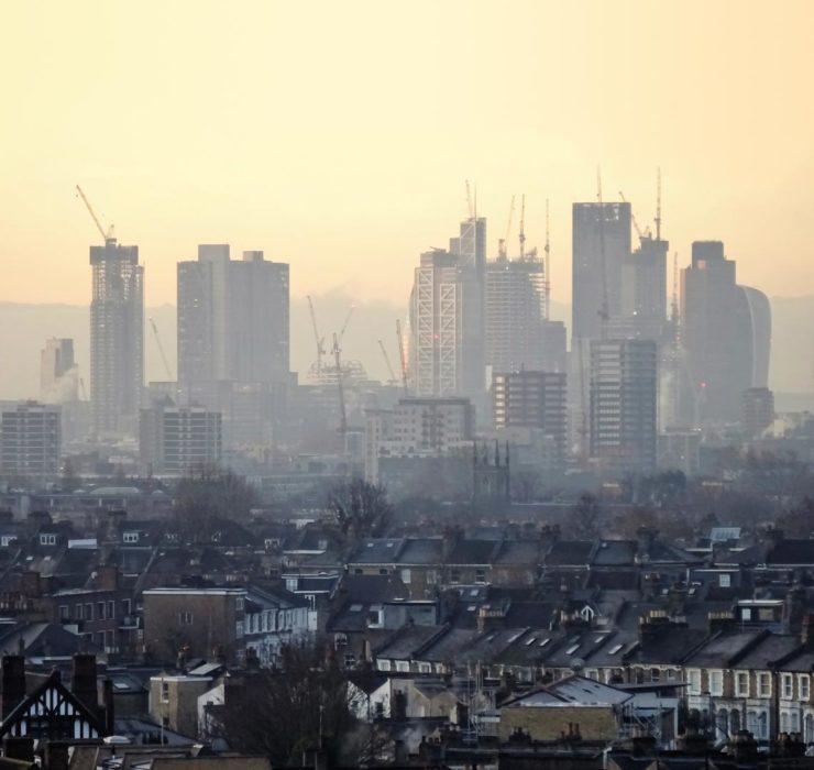 Londres: estimativa indica que a poluição do ar encurte em 1,5 ano a vida da população